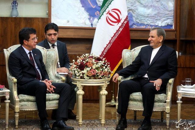 از هیچ کس نمی پذیریم مطالب نادرستی راجع به تمامیت ارضی ایران عنوان کند