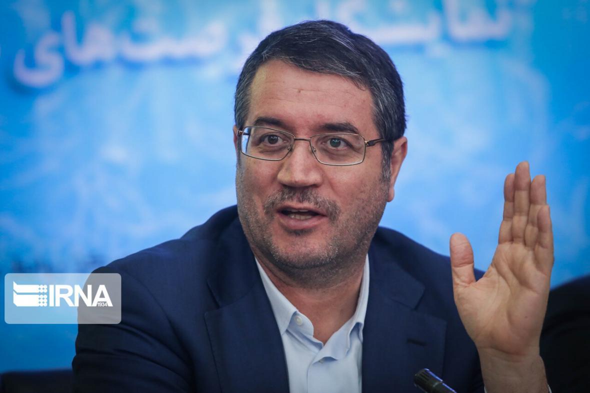 خبرنگاران وزیر صنعت: تنظیم بازار شب عید با همکاری اصناف