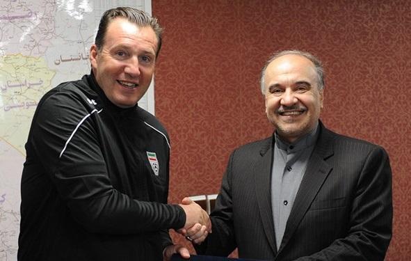 شکایت نمایندگان مجلس از وزیر ورزش و فدراسیون فوتبال به خاطر قرارداد ویلموتس