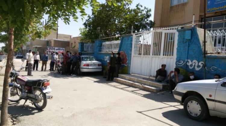 اعتصاب کارکنان شهرداری در سریش آباد کردستان