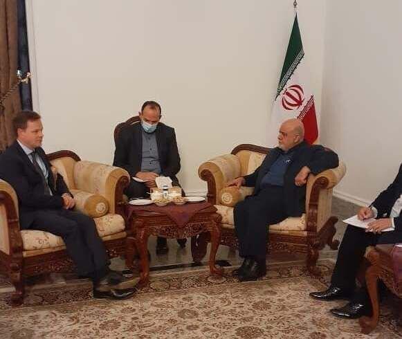 سفیران ایران و انگلیس تحولات عراق و منطقه را آنالیز کردند
