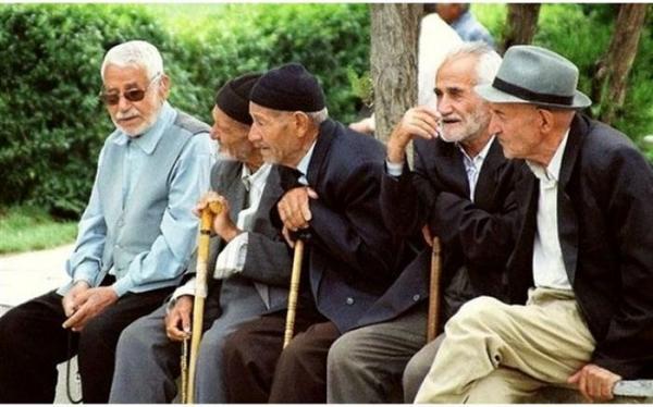 قادری: طرحبازنشستگی پیش از موعد با اصل 75 قانون اساسی مغایرت دارد