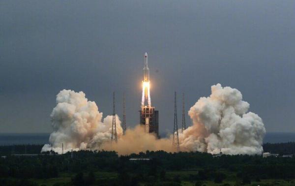 خبرنگاران کابین کلیدی ایستگاه فضایی چین به فضا پرتاب شد