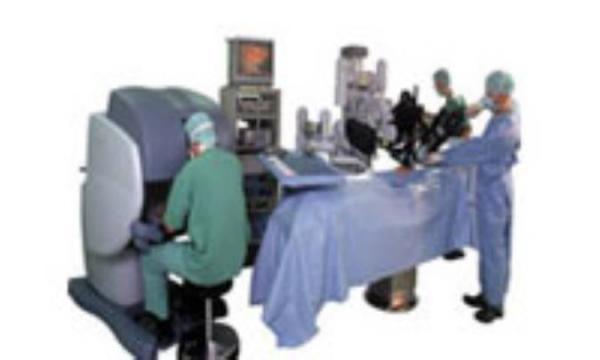 نقش روبات ها در دنیای طب